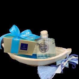 Σύνθεση δώρου σε κεραμική βάρκα- SD2144